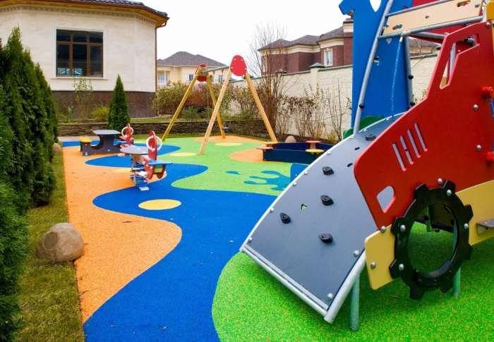 Детская площадка с бассейном своими руками 44
