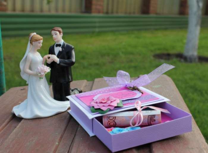 Интересные подарки на свадьбу со смыслом